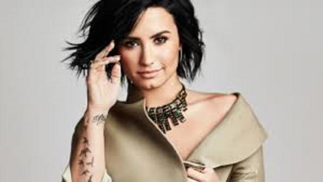 Max Ehrich voudrait demander Demi Lovato en mariage