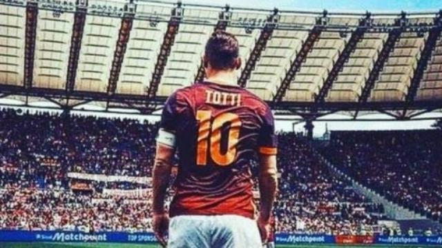 Totti su Buffon: 'Gigi può giocare altri tre anni, tanto fa il secondo'