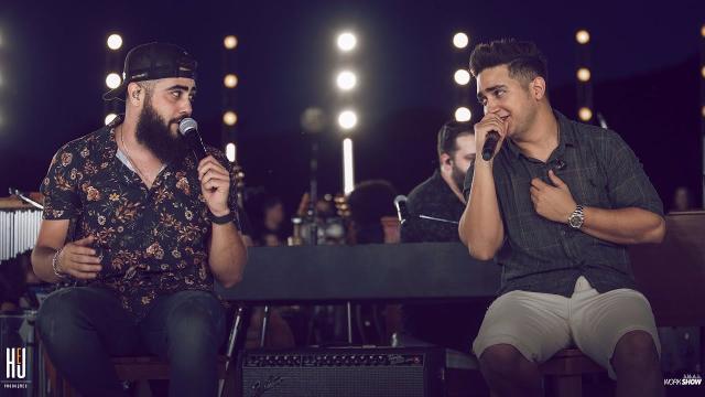 9 cantores que programaram lives para o mês de Abril
