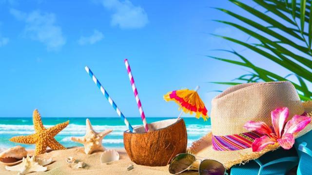 Sole 24 Ore, bonus da 325 euro per chi farà le vacanze in Italia: al vaglio la misura