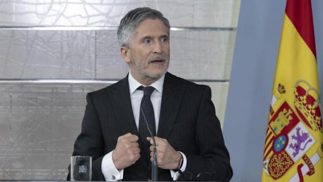 Marlaska atribuye a un 'lapsus' de Santiago lo que dice sobre la gestión de la crisis
