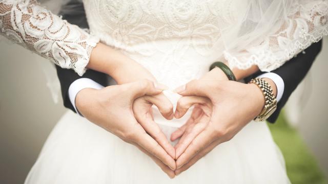 Coronavirus: in molti rimandano il matrimonio al 2021
