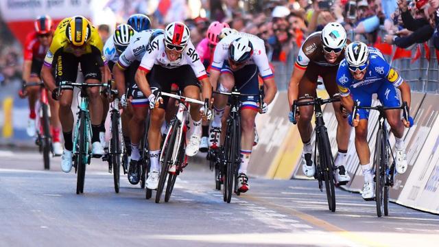 Ciclismo: dopo un lungo silenzio torna a parlare Peter Sagan: