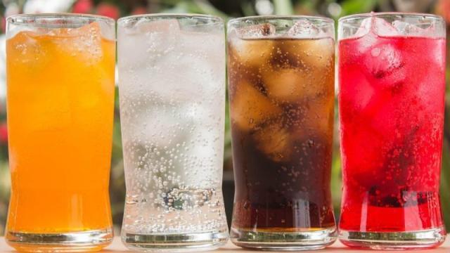 5 fatos para você diminuir o consumo de refrigerantes