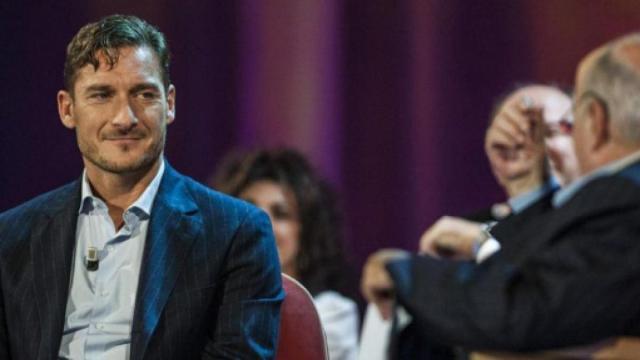 Francesco Totti: '10 più forte in Serie A è Dybala, gioca poco ma intorno ha campioni'