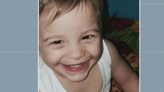 Mãe de menina desaparecida diz que jogou corpo da filha em um rio