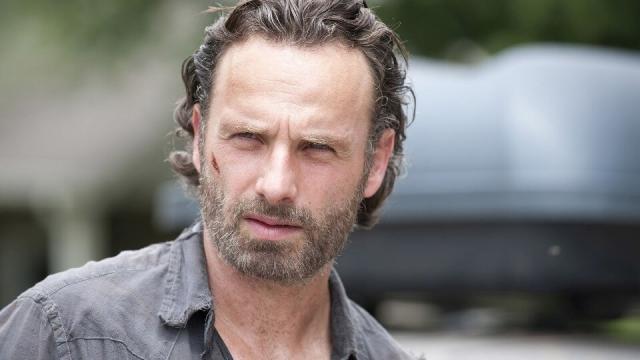 5 atores famosos da série 'The Walking Dead' e seus signos