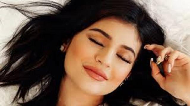 Kylie Jenner apparaît 'méconnaissable' en confinement
