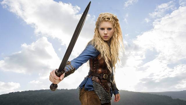 5 atores famosos da série 'Vikings' e seus signos