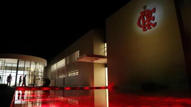 Coronavírus: Flamengo pode reduzir elenco para cortar gastos durante pandemia