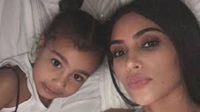 La fille de Kim Kardashian remet sa mère à sa place en direct