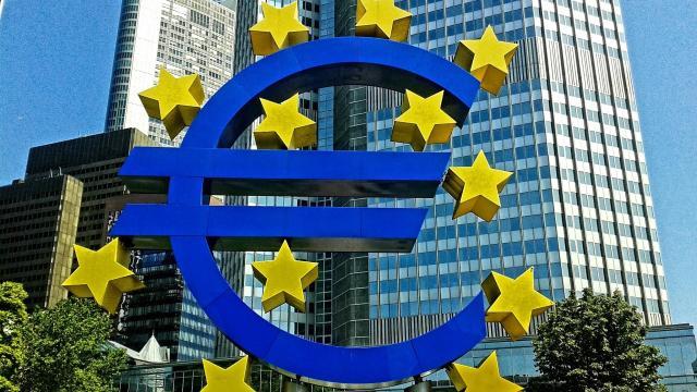 BCE: deroga per alcune obbligazioni societarie che abbiano subito un downgrade