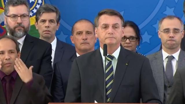 Bolsonaro afirmou que Sergio Moro teria negociado vaga no STF