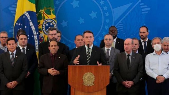 Bolsonaro faz pronunciamento e diz sobre saída de Sergio Moro