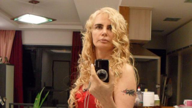 Atriz Ísis de Oliveira detalha como quase foi morta pelo marido