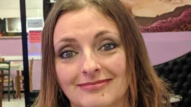 Claudia Meini: ritrovata una ciabatta, sarebbe quella della donna scomparsa il 23 marzo