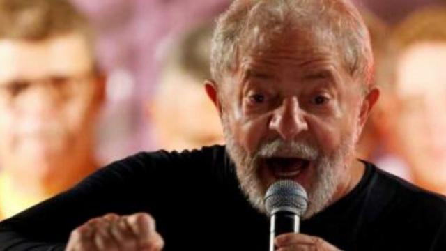 Lula diz que Bolsonaro e Sergio Moro são 'bandidos'