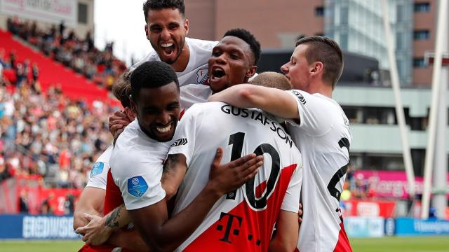 Desfecho do Campeonato Holandês deixa clubes revoltados