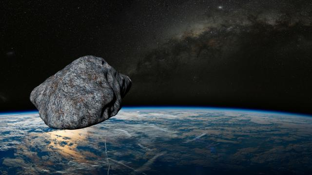 El 29 de abril pasará cerca de la tierra un asteroide con forma de mascarilla