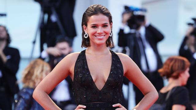 Bruna Marquezine dispara elogios a Tiago Leifert: 'obrigada por me aturar no WhatsApp'