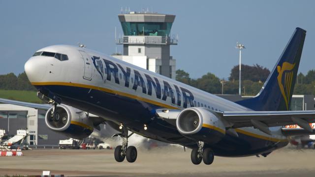 Rimborsi Ryanair sui voli cancellati: 'Possibile cambiare il voucher dopo la scadenza'