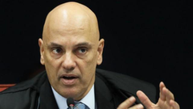 Ministro Alexandre suspende a nomeação de Ramagem