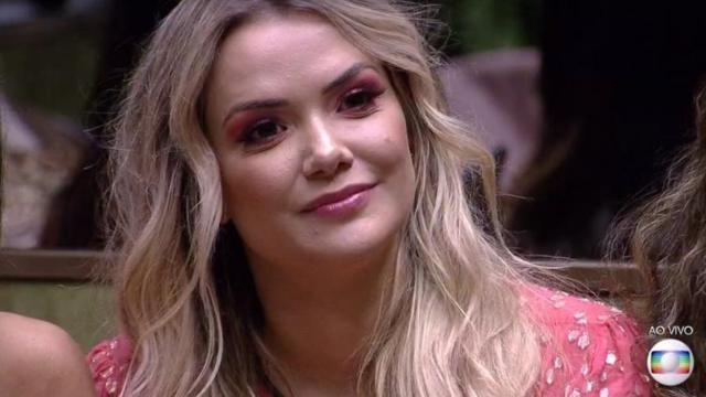 'Fui abusada sexualmente e não denunciei', revela ex-BBB Marcela
