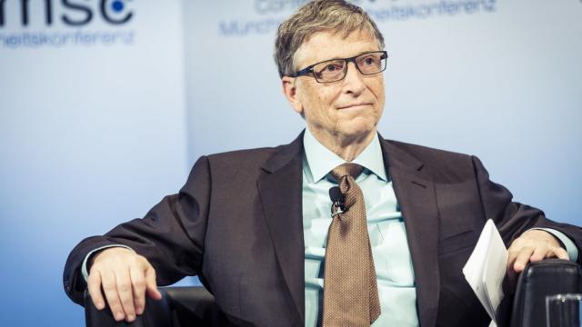 Covid-19: per Bill Gates la strada per la normalità è lunga ed ha offerto il suo aiuto