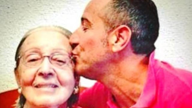 Muere la madre de Víctor Sandoval tras superar el coronavirus pero no sus secuelas