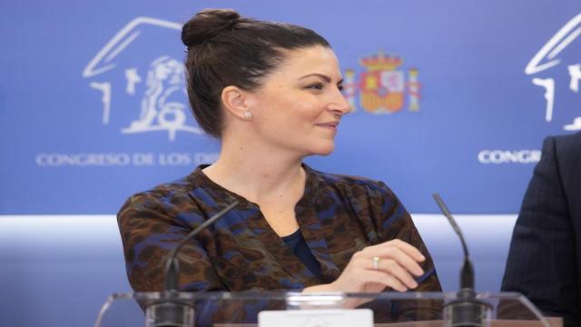La Cadena SER sostiene que el CV de Macarena Olona no es fiel a la realidad