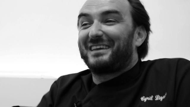 Cyril Lignac évoque avec émotion le décès de sa mère: 'Une déchirure'