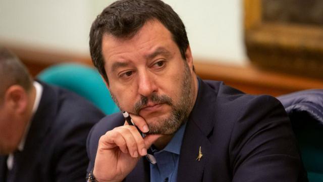 Sondaggi politici Swg-La7: Lega in calo, salgono Fratelli d'Italia e Movimento 5 Stelle