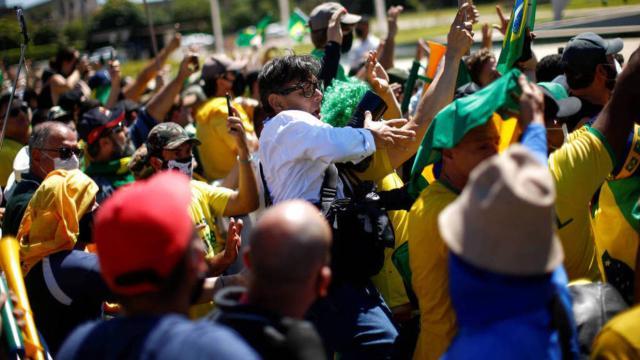 No Dia Mundial da Liberdade de Imprensa, jornalistas são agredidos