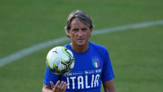 Figo: 'Mancini è stato una delle persone che più mi ha umiliato in carriera'
