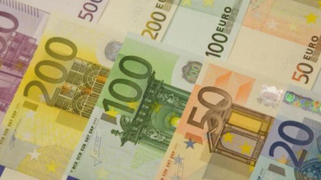 Bozza decreto 'maggio': Rem da 400 a 800 euro al mese per due mesi, 600 € a colf