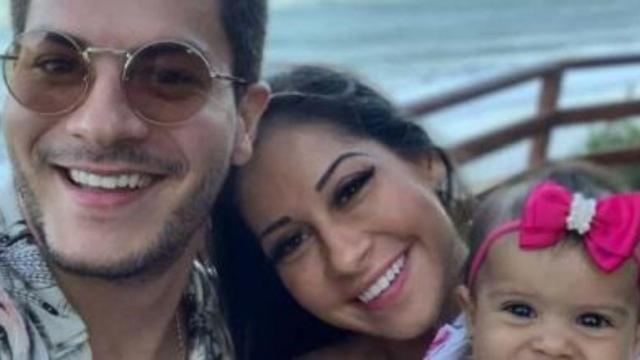 Mayra diz que continua a  morar junto com ex-marido por conta da quarentena