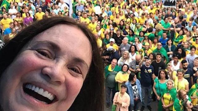 Regina Duarte é chamada de 'ex-atriz' em reportagem exibida pelo Jornal Nacional
