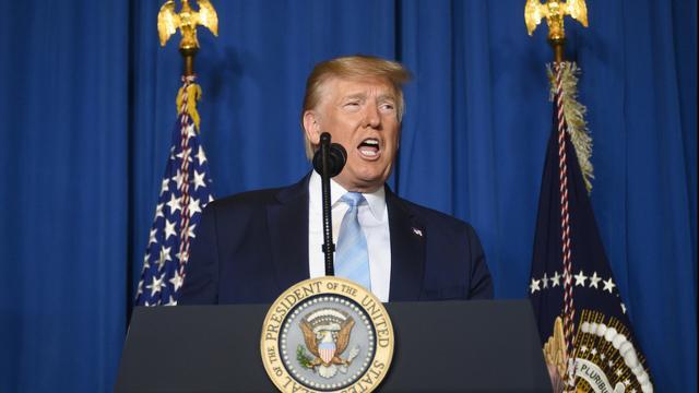 Coronavirus, Donald Trump: 'Non possiamo bloccare l'economia ancora per anni'