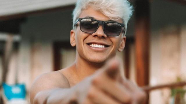 Cinco vídeos de sucessos de Júlio Cocielo
