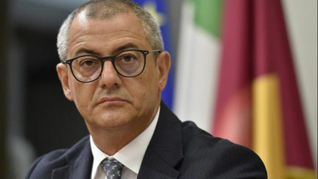 376 boss scarcerati e messi ai domiciliari: Basentini per lo scandalo si dimette