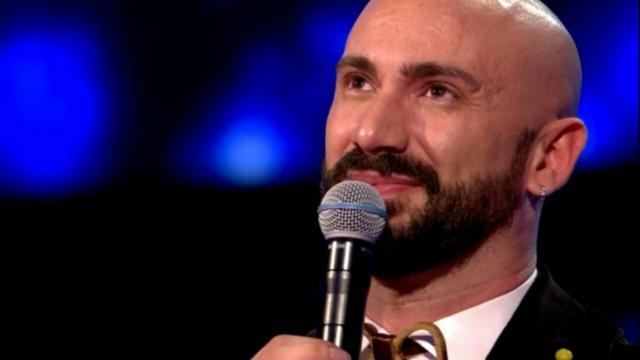 Federico Martello, il cantante dedica un brano alla Russia per gli aiuti all'Italia