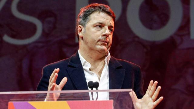 Renzi su possibile crisi di governo: 'Decide il Parlamento, non Mattarella'