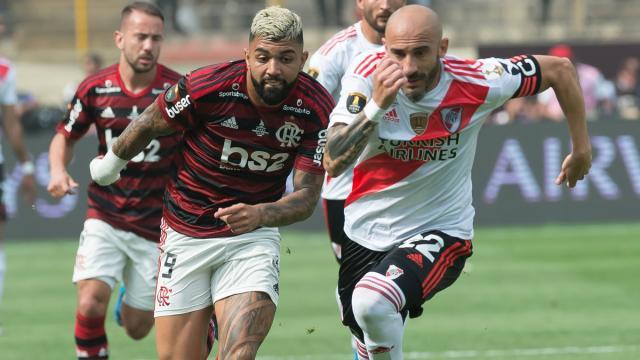 Globo anuncia que irá reprisar jogos históricos de clubes a partir do dia 17