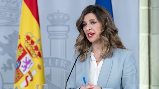 Ministra Yolanda Díaz da marcha atrás en la prohibición de despedir
