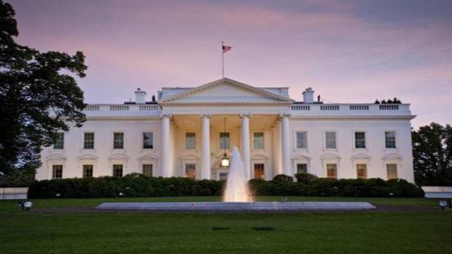 La Casa Blanca se enfrenta a una cuarentena por la Covid-19