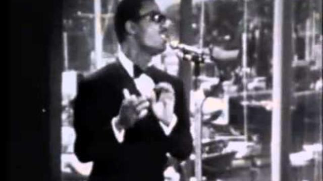 5 curiosità sul cantante Stevie Wonder: partecipò a Sanremo '69 con Gabriella Ferri