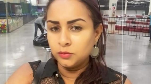 Mulher é assassinada com três tiros dentro de casa