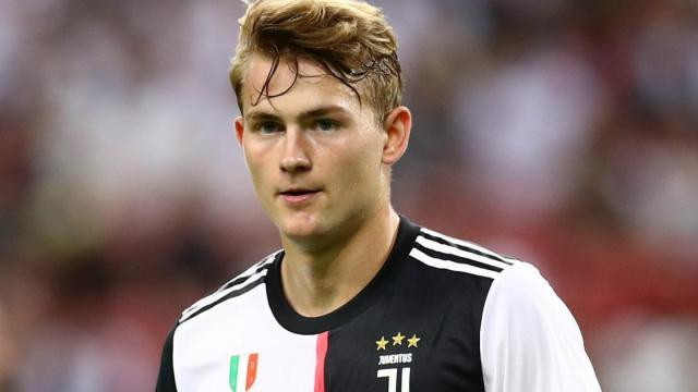 Juventus, Mundo Deportivo: il Barça avrebbe proposto de Ligt per Arthur