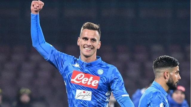 Calciomercato Juventus, possibile scambio per Milik: Romero al Napoli e 20 milioni