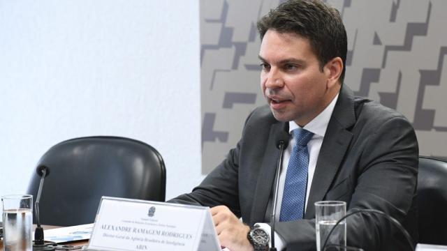 Não foi Ramagem que vazou dados para família Bolsonaro, indica Paulo Marinho
